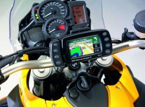viajar en moto 300x221 Como viajar en moto