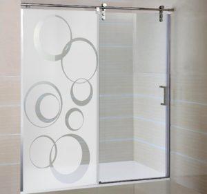 DECORANDO MAMPARAS DE BAÑO1 300x281 Decorar mamparas de baño con láminas electroestáticas