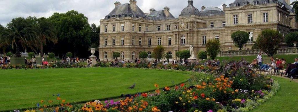 Jardin du Luxembourg1 1024x384 Cómo llegar fácilmente a las principales atracciones turísticas de París
