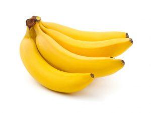 Plátanos 300x225 Alimentos que ayudan a combatir el insomnio