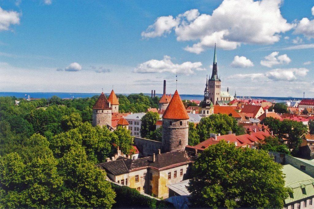 Estonia tallin 1024x683 Qué hacer y ver en Estonia al ir de turismo