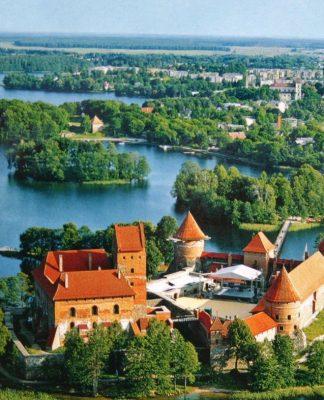 visitar lituania3 324x400 Home