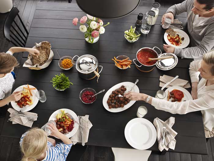 cenas en familias El valor de las cenas en familia
