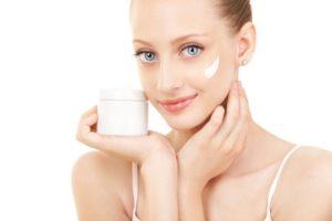 acne facial 300x200 Consejos para evitar el acné facial