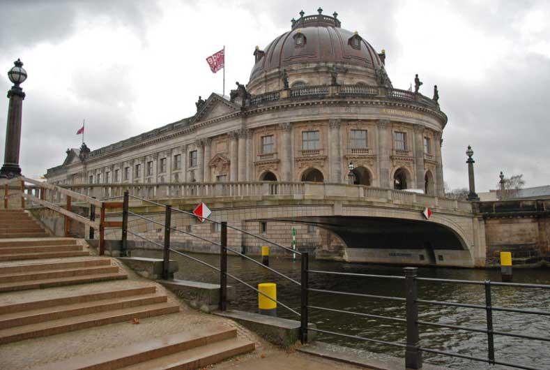 Bode Museum Isla de los Museos en Berlín