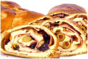 pan de jamon receta navideña venezolana 300x202 Cómo preparar el auténtico Pan de Jamón