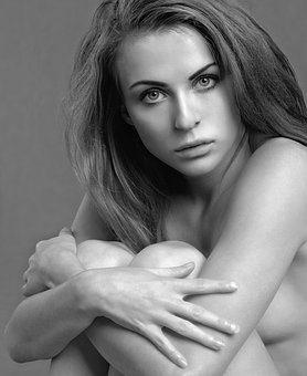 menstruación estados animo mujer Cómo afecta la menstruación en tu estado de ánimo