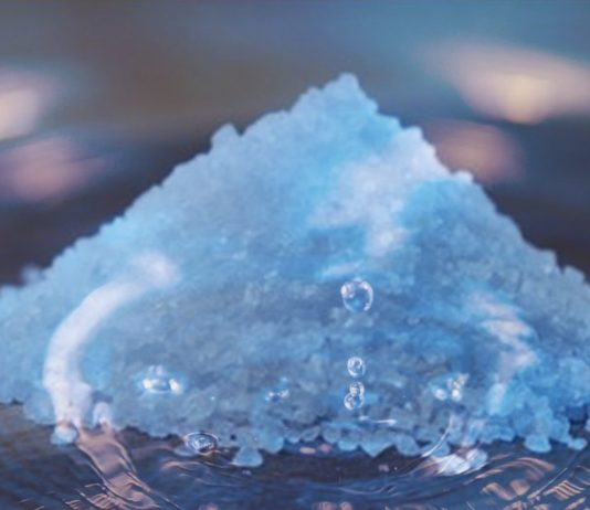 tratamientos de hidroterapia en casa con agua y sal