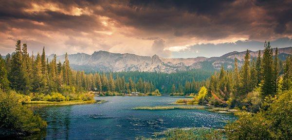 montañas rocosas canada Top 10 cosas que hacer en Canadá
