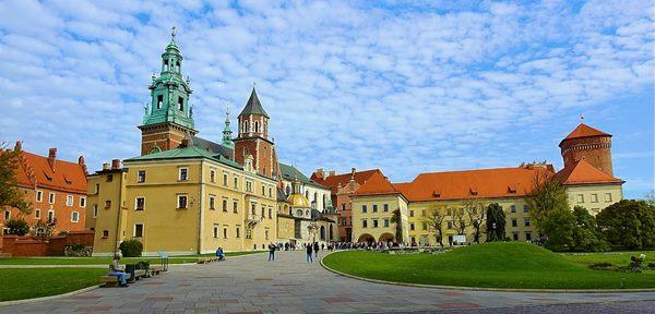 cracovia polonia Polonia, 5 ciudades polacas que no debes perderte en este viaje