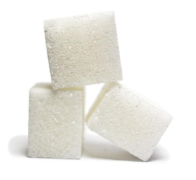Azucar Alimentos comunes que pueden causarte problemas estomacales