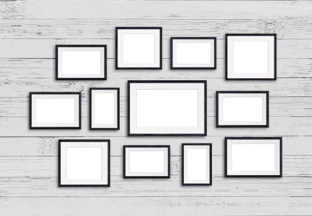 Pared con cuadros en blanco 7 ideas para decorar las paredes de tu cuarto