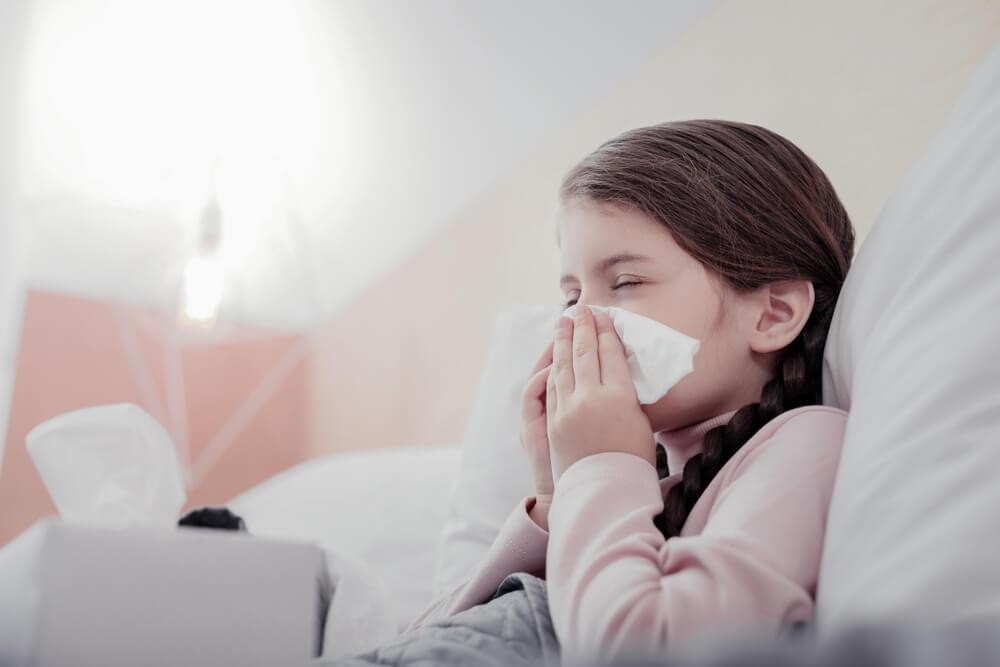 Gripe ¿Qué tomar para el resfriado y la gripe? 3 remedios caseros para ti.