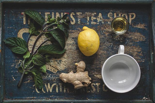 Jengibre y miel ¿Qué tomar para el resfriado y la gripe? 3 remedios caseros para ti.