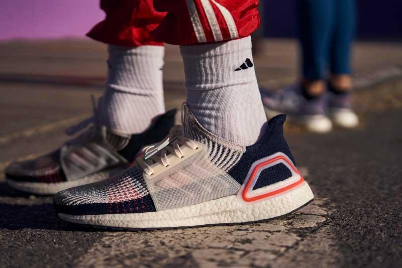 ultraboost 2019 Moda en calzado deportivo: zapatillas y amortiguación