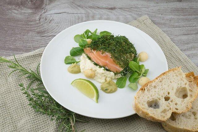 Comer más pescado para no tener arrugas 9 sencillas maneras de reducir las arrugas y ser más bella