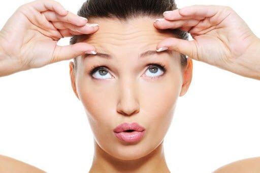 Usar crema hidratantes para tener menos arrugas 9 sencillas maneras de reducir las arrugas y ser más bella