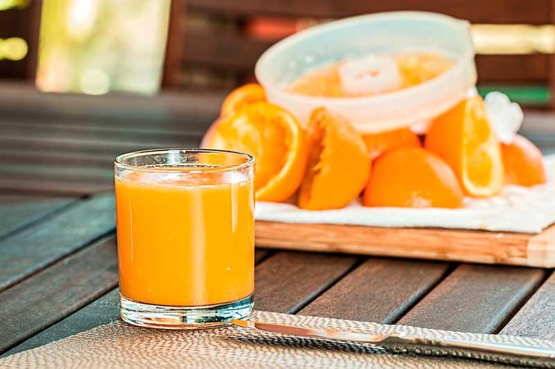 zumo de naranja Las naranjas y sus beneficios para la salud