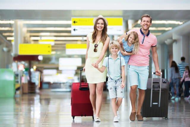 averigua cómo viajar con niños sin problemas