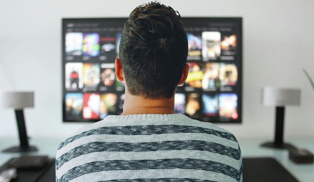 ¿Cuáles son las mejores páginas para ver películas gratis en casa?