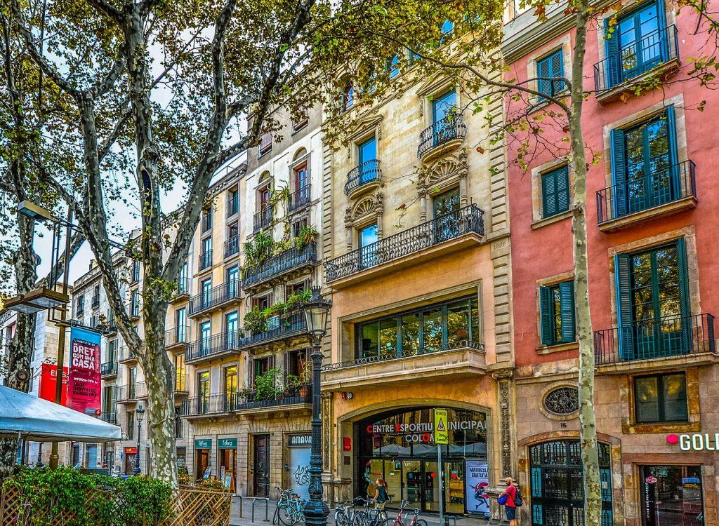 vivir en la ciudad de bharcelona 1024x750 Vivir en Barcelona: Cosas que debes saber antes de mudarte a Barcelona