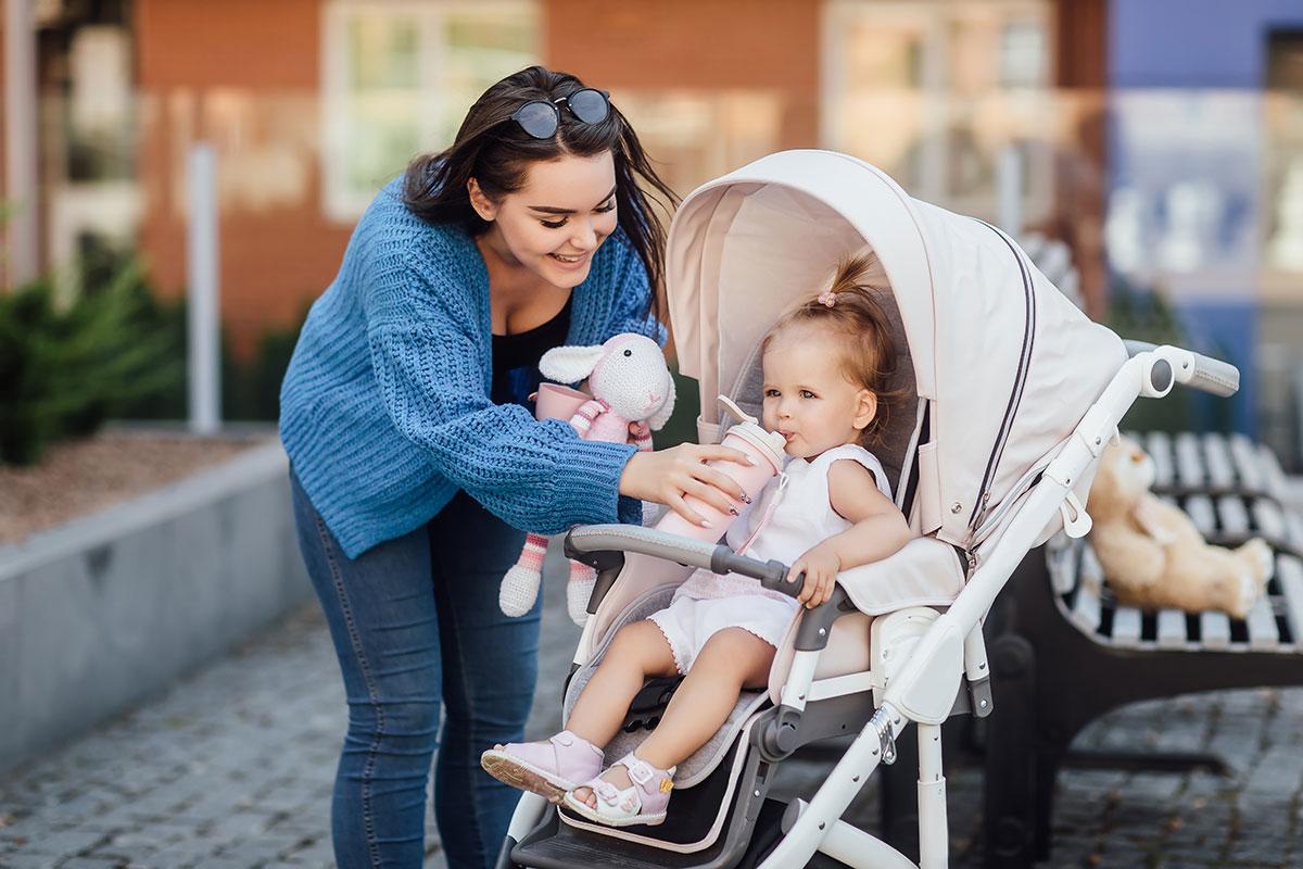 carro con bebe Tipos de carritos de bebé   10 Claves para no equivocarse